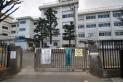 【小学校】西東京市立栄小学校 小学校まで大人の足で13分。わりと近くなので安心ですね。 約1,050m
