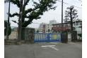【中学校】緑中学校 約390m