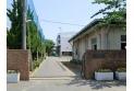【中学校】岸川中学校 約1,700m