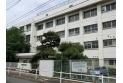 【中学校】中央中学校 約690m