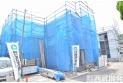 【外観】【販売現地】今しか見れない構造部分!地震にも耐えられるように一生懸命建築中です。