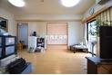 【居間】13.1帖のLDKは和室、洋室を続き間として使用できます。/家具等は付きません。