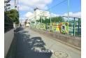 【幼稚園・保育園】大和すみれ幼稚園 約300m