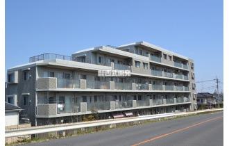 【外観】武蔵藤沢駅から徒歩3分と駅からの近さが魅力