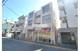 【外観】石神井公園駅徒歩10分に佇むマンション