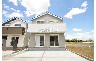 【外観】嬉しいカースペース3台可のご住宅です!平成30年6月1日撮影