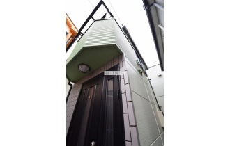 【外観】外壁パワーボードの家です!耐火性・断熱性・遮音性に優れた外壁です!