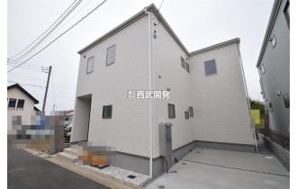 【外観】外壁には「サイディング」を採用。凹凸のある表面加工は、家の表情がとても豊かになります。