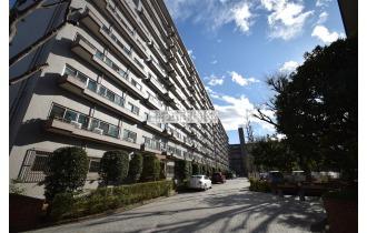 【外観】総戸数286戸の大規模マンションです。
