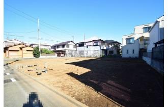【外観】【建築中】これから本格的に家を建て始めます!基礎をつくり、上棟、内装工事などの工程を経て家が建ちます。