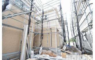 【外観】【販売現地】只今一生懸命建てております。近隣に同仕様のモデルハウスがありますのでぜひご見学ください。