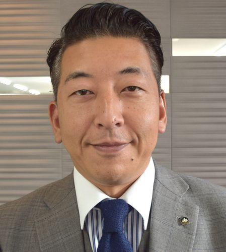 片山 憲三